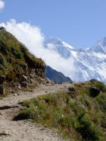 The track leading to Everest-800