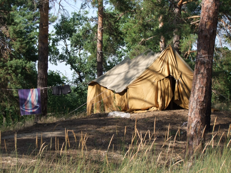 my tent - home for a week-800